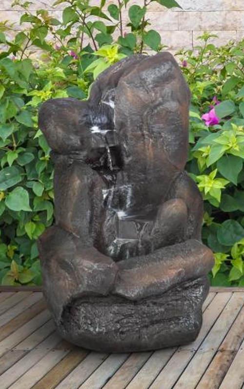 Kaskádová zahradní kašna z umělého kamene