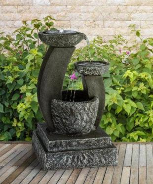 Okrasná zahradní fontána Blumfeldt FANTAGHIRO