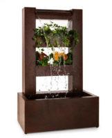 Zahradní fontána osaditelná květinami