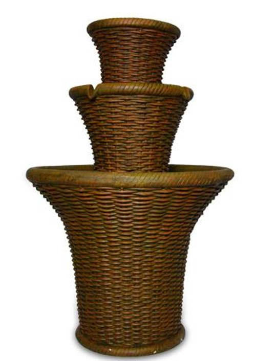 Zahradní kašna ratanového vzhledu