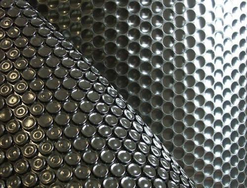 Černá bublinková polyetylenová tepelně izolační plachta