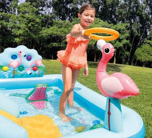 Dětský bazén s plameňákem