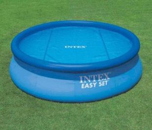 Kruhová solární plachta Intex na bazén o průměru 244 cm