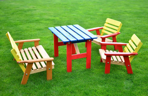 Dětský dřevěný zahradní nábytkový set