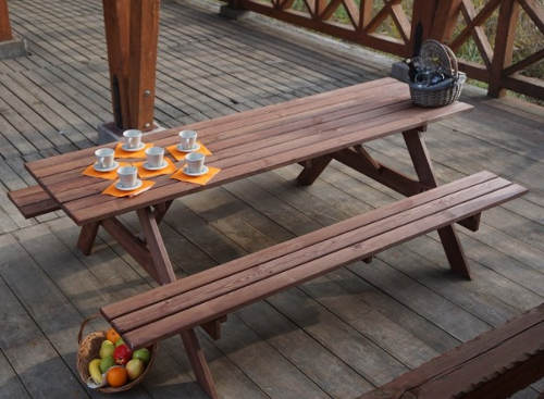Dřevěný zahradní nábytek výprodej