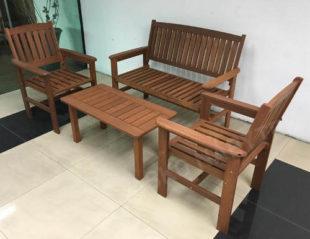 Elegantní zahradní set z tvrdého tropického dřeva