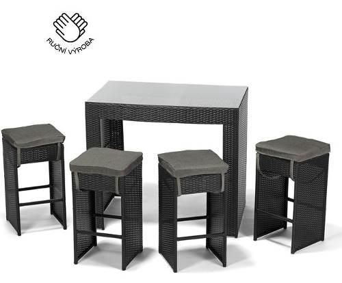 Ručně vyráběný zahradní nábytek