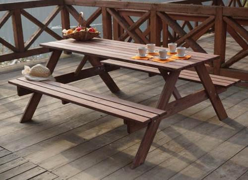 Zahradní lavice se stolem