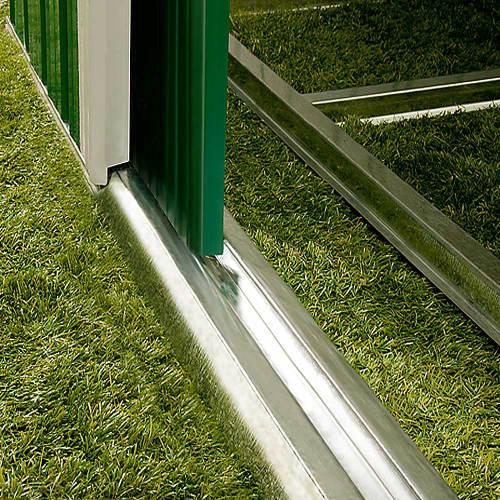 Dvoukřídlé posuvné dveře s vodící lištou