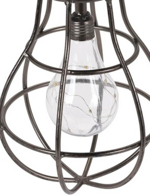 Žárovka se zabudovanými LED diodami
