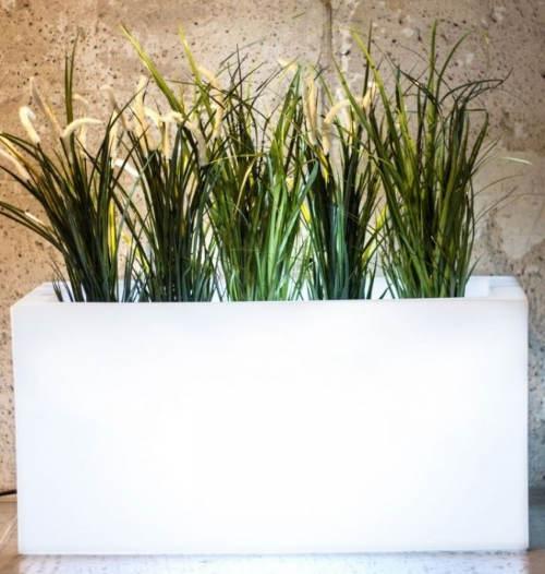 Bílý obdelníkový květináč s ovětlením Lungo