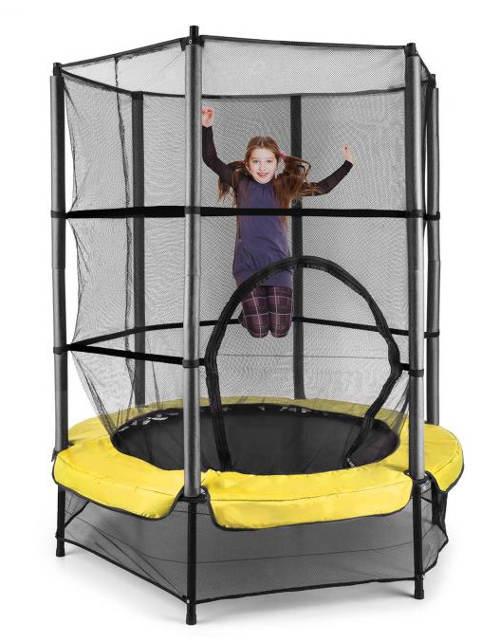 Bezpečná trampolína s bungee pružinami