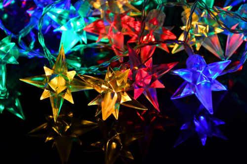 Barevné vánoční LED hvězdy