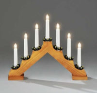 Dřevěný vánoční svícen se sedmi žárovkama