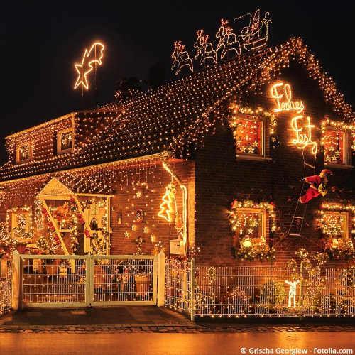 Extrémní vánoční osvětlení domů