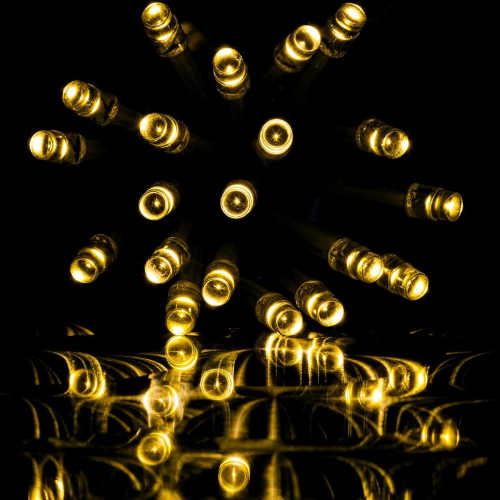 Teplé bílé LED diody vánočního světelného deště