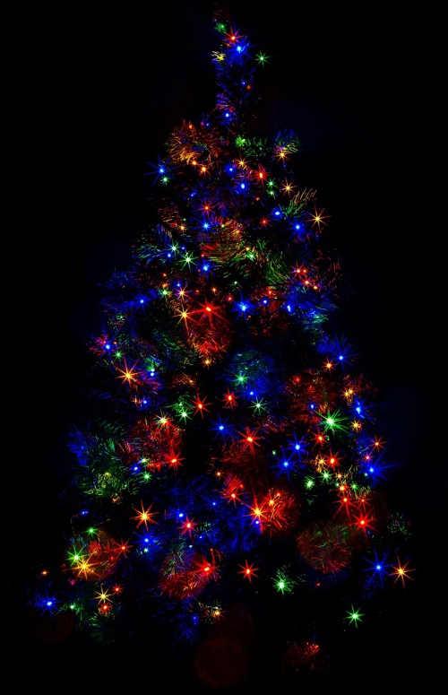 Vánoční osvětlení pro velký vánoční venkovní strom