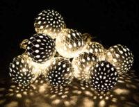 Světelný vánoční LED řetěz s 10 kovovými koulemi