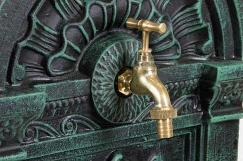 Zahradní kašna fontána s uzavíratelným vodovodním kohoutkem