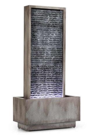 Moderní zahradní fontána s LED osvětlením
