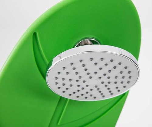 Kovová hlavice zelené zahradní solární sprchy
