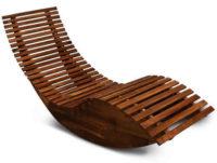 Ergonomické relaxační lehátko z masivního tropického dřeva
