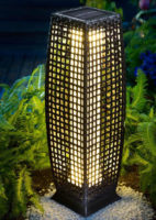 Stojací lampa na zahradu z umělého ratanu