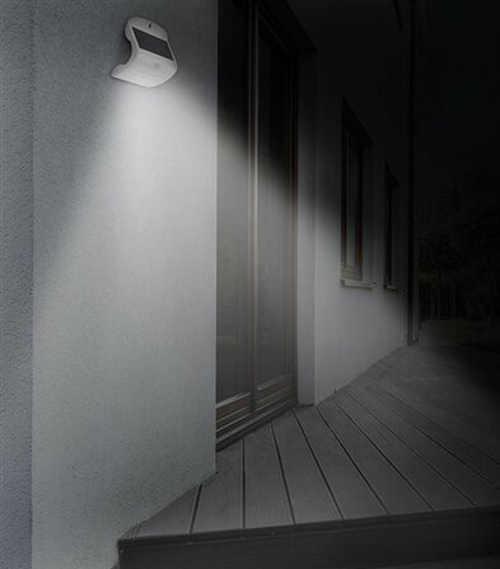 Venkovní solární nástěnné světlo s čidlem a baterii