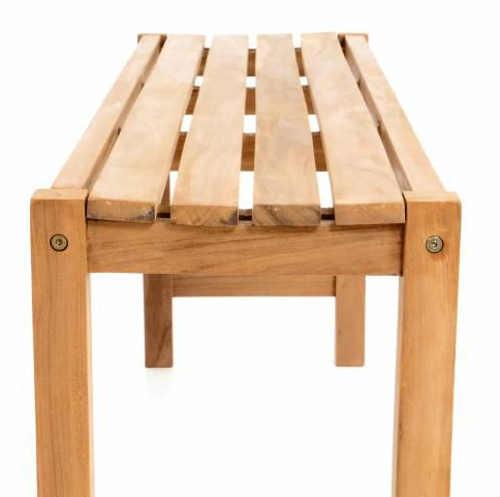 Zahradní lavička z tropického dřeva