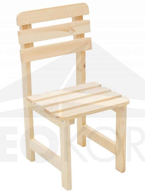 Masivní židle z borovicového dřeva