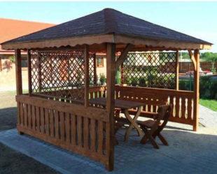 Dřevěný altán na zahradu nebo terasu
