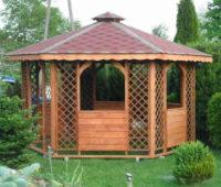 Šestiúhelníkový romantický dřevěný zahradní altán