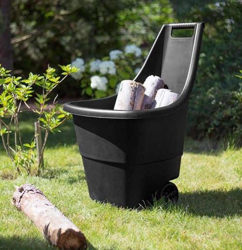 Zahradní vozík využijete i na převoz palivového dříví