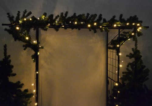 Světelná vánoční výzdoba vchodových dveří