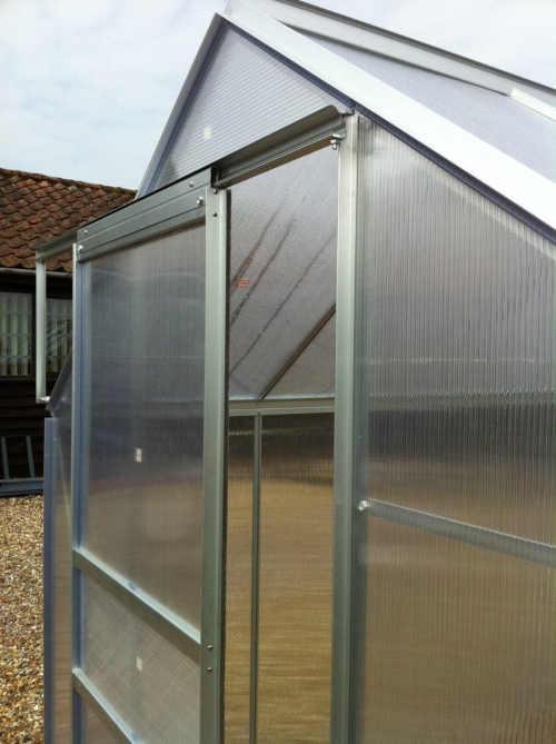 skleník z hliníku v moderním designu
