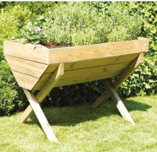 dřevěný vyvýšený zahradní záhon