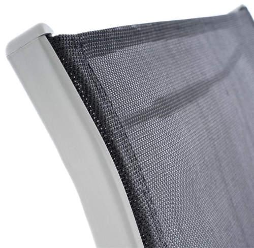 Venkovní židle s kvalitním černým výpletem